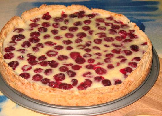 Приготовить пирог с вишней быстро — pic 7
