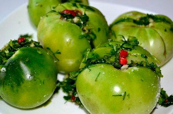 Соленые зеленые помидоры на зиму: 7 рецептов