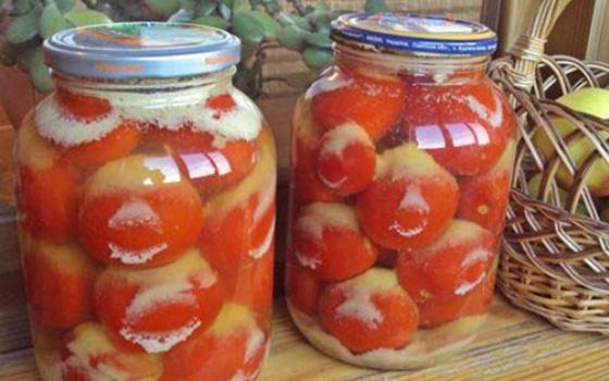 засолка помидоров с горчицей в банках