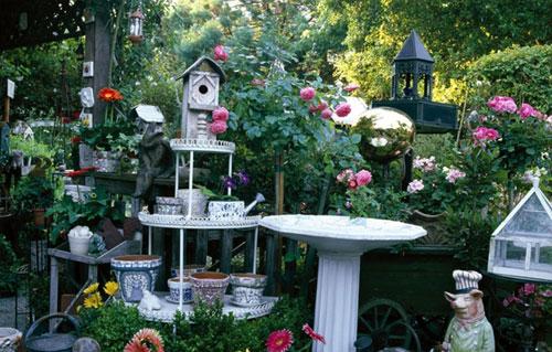 Украшаем сад своими руками