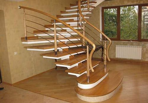 лестницы для дачного дома-3