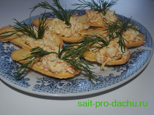 салат с морковкой и сыром