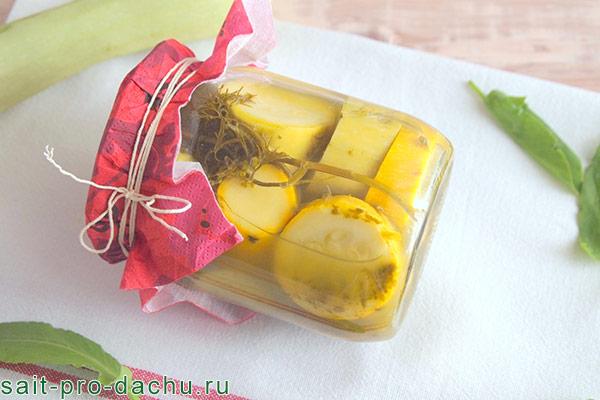 салат лакомка из помидоров на зиму рецепты