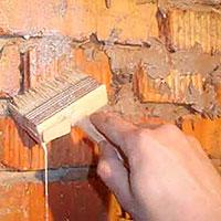 Покраска кирпичной стены в интерьере