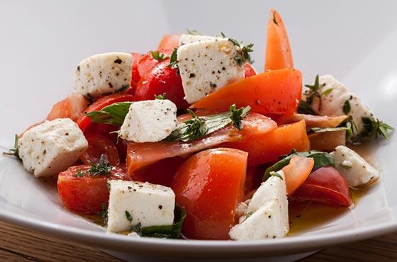 Салат с адыгейским сыром рецепт с